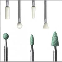 Abrasifs à liant céramique